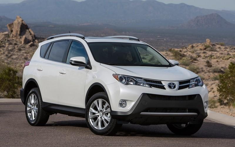 Замена лобового стекла на Toyota RAV4