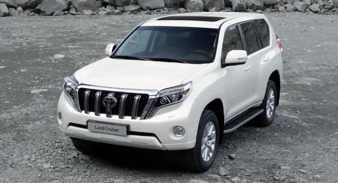 Замена лобового стекла на Toyota Land Cruiser Prado