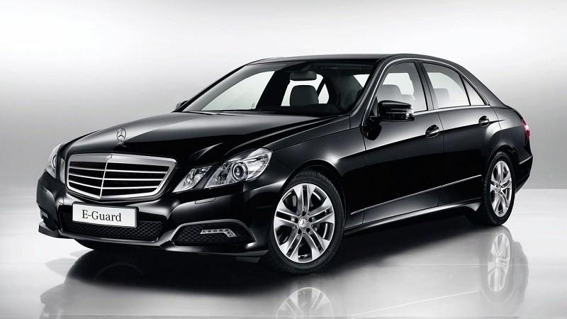 Замена лобового стекла на Mercedes-Benz Е-класса