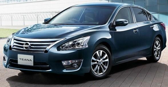 Замена лобового стекла на Nissan Teana
