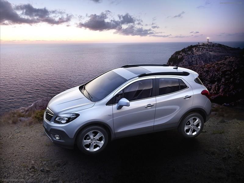 Замена лобового стекла на Opel Mokka