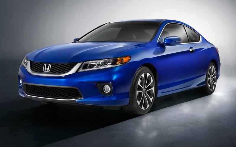 Замена лобового стекла на Honda Accord