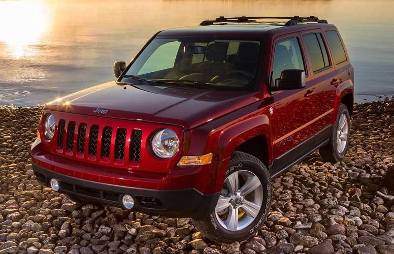 Замена лобового стекла на Jeep Patriot
